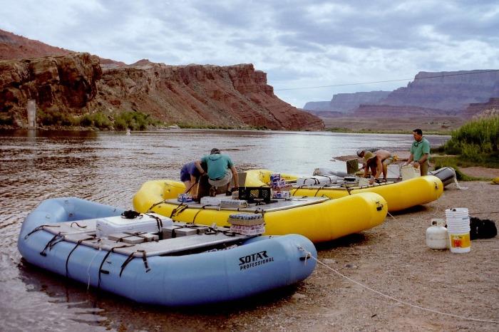 rafting-725911_1920
